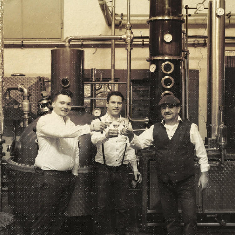 Das Team hinter dem Huckleberry Gin aus München