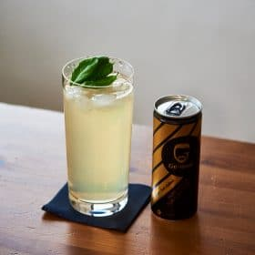 Ge-Man-Energy-Drink mit Gin