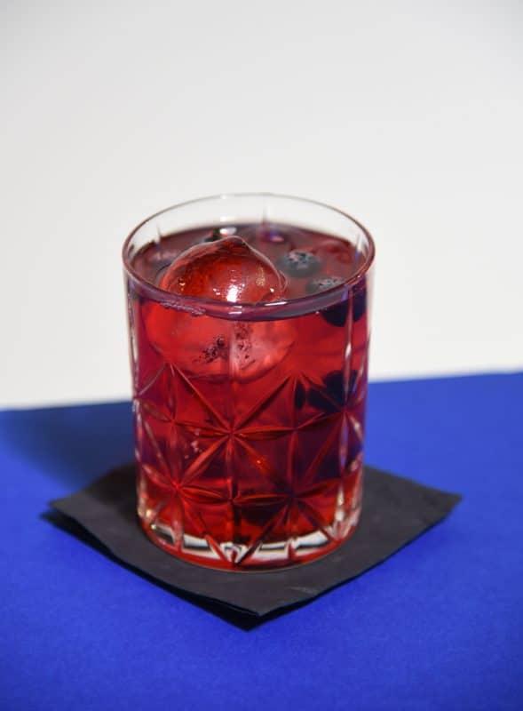 Cocktail mit Loftea und Galeb Gin