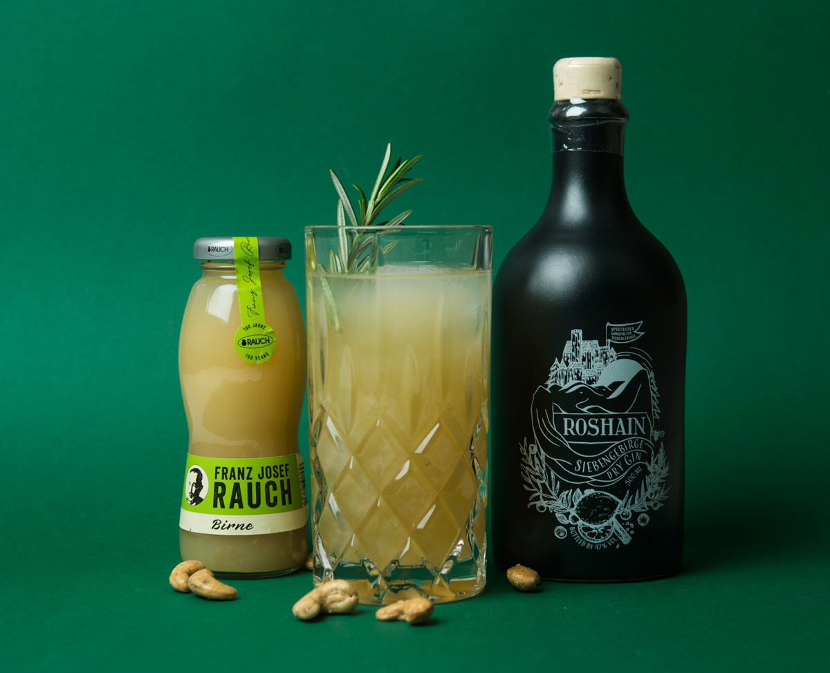 Gin Apple Pear Cocktail