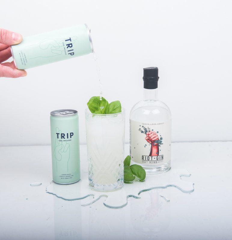 Gin Cocktail mit TRIP Limonade aus England enthält CBD