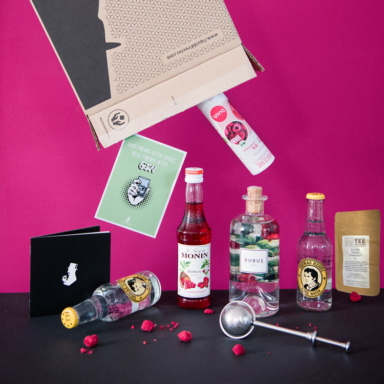 Rubus Gin mit Himbeer-Cocktailrezpte in der September Box